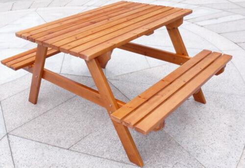 木頭休閒桌