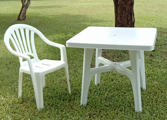 戶外休閒塑膠桌椅